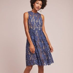 ANTHROPOLOGIE / DONNA MORGAN High Neck Lace Dress